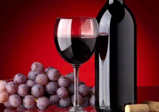 Καταργείται την 1η Ιανουαρίου ο φόρος στο κρασί